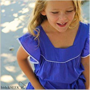 Girls size 7 HIDE & SEEK navy blue flutter top